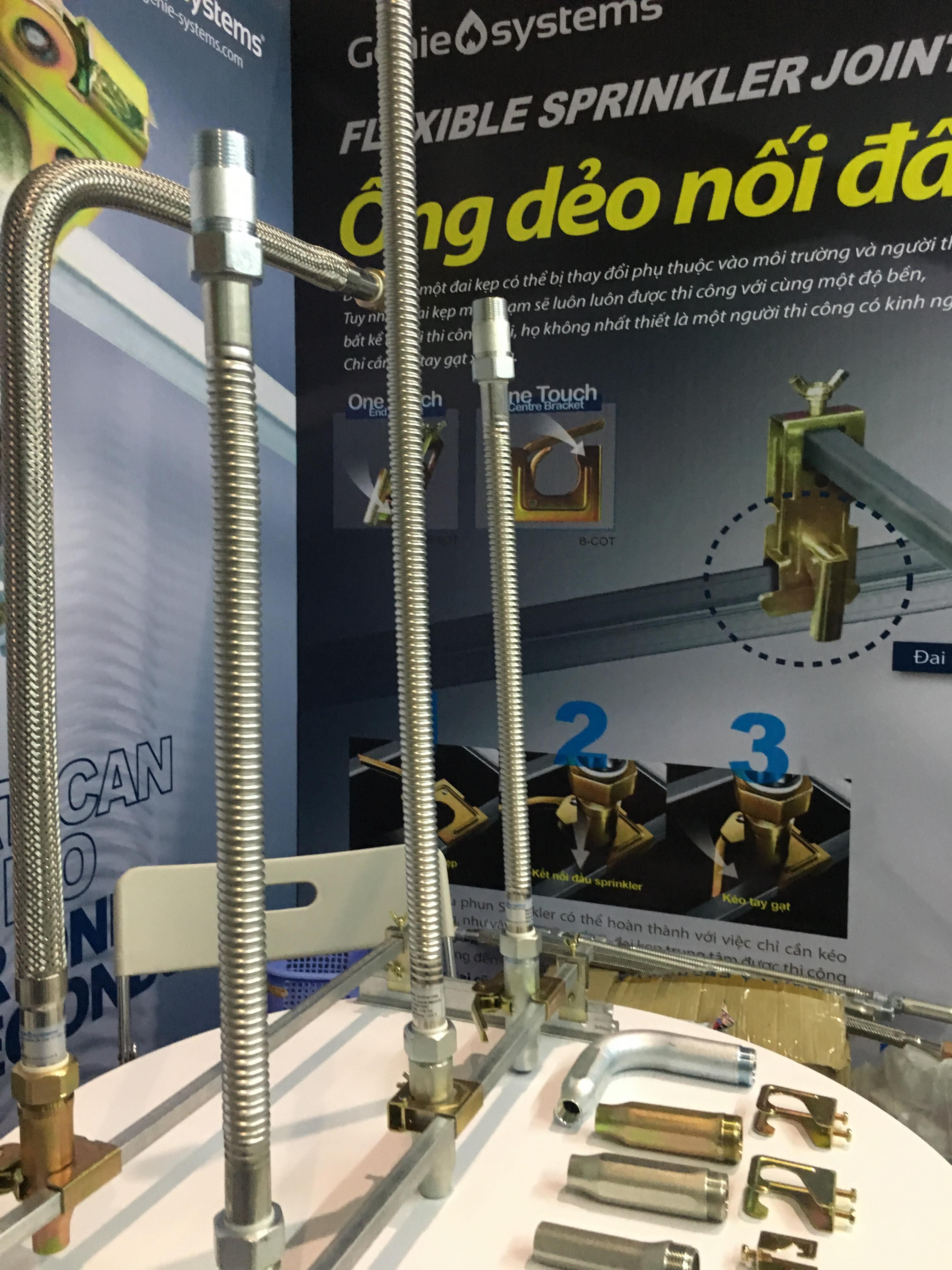 Tính năng Ống mềm nối đầu phun sprinkler DJ25UB-700