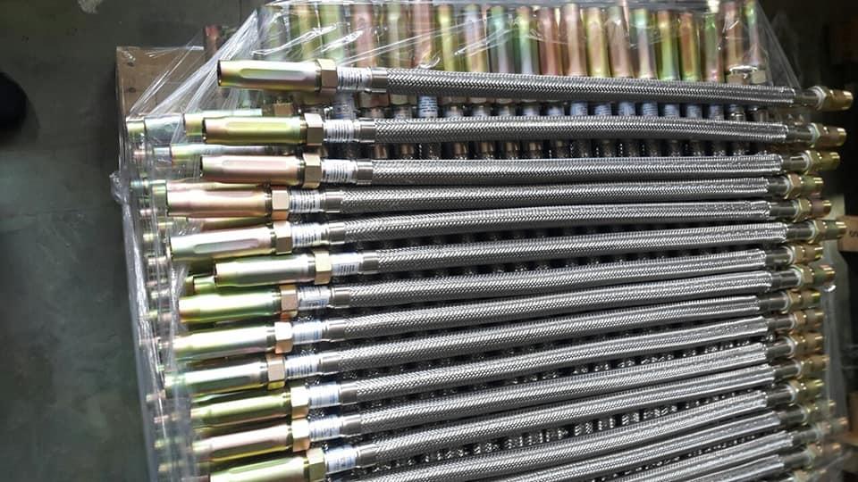 Ống mềm Daejin DJ28B áp lực 200psi dài 700mm chứng chỉ UL và FM sản xuất tại Hàn quốc / VN