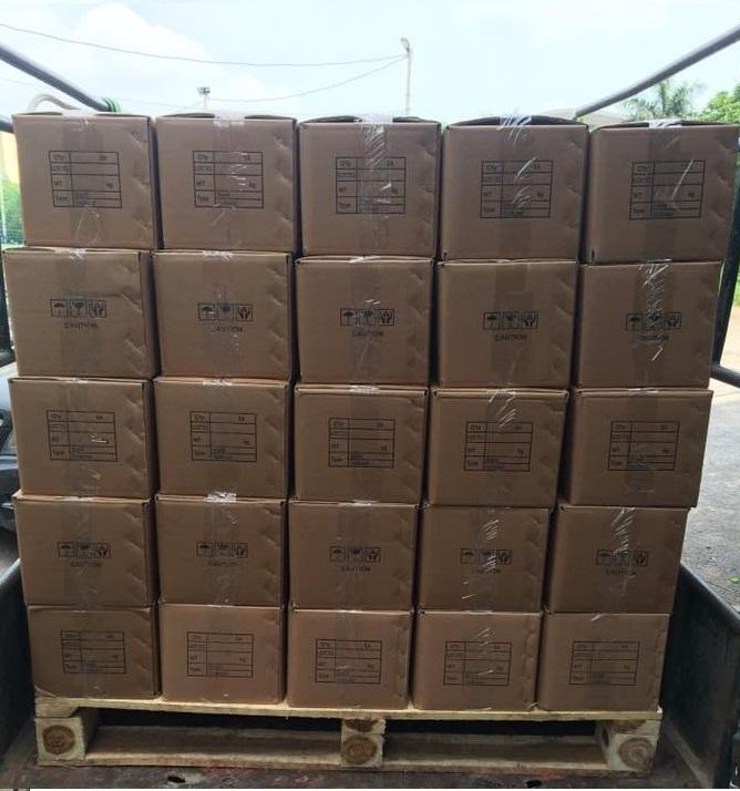Mỗi hộp sẽ đựng được 20 bộ ống nối mềm và phụ kiện